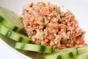 Cover photo for Extension in the Kitchen Recipe: Mediterranean Tuna Salad